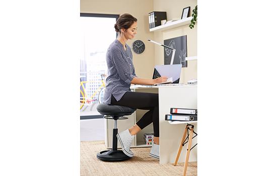 Sitztrainer Fitnesshocker mit balancierender Sitzfläche Hocker 3-dimensional 691