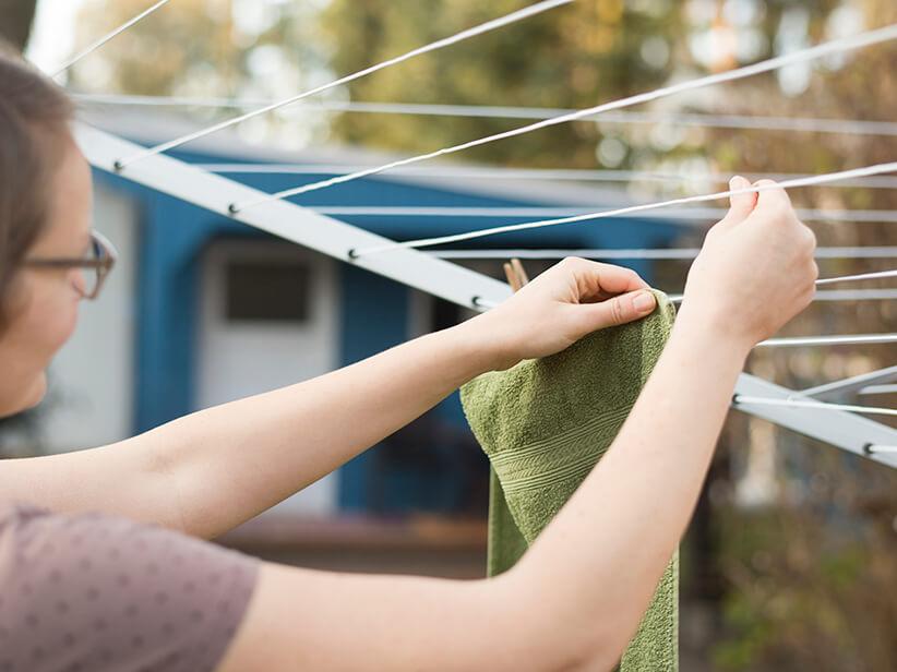wäsche draußen trocknen luftfeuchtigkeit